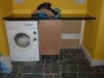 pralka postawiona w pralni